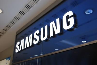 SAMSUNG BRAND STORE – salon Samsung na Lotnisku Okęcie